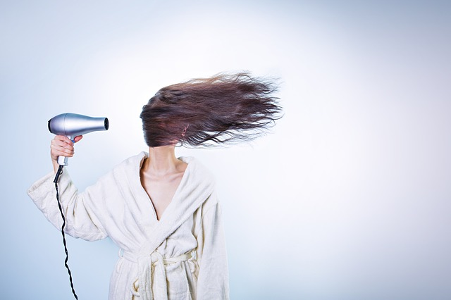 Hårtab behandling hjælper både mænd og kvinder.